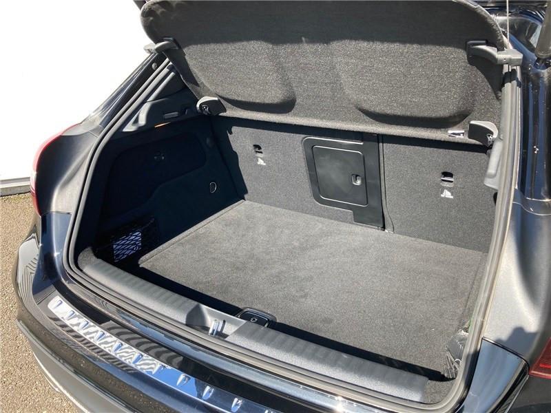 Mercedes GLA 220 D 7-G DCT Fascination Noir occasion à MERIGNAC - photo n°13