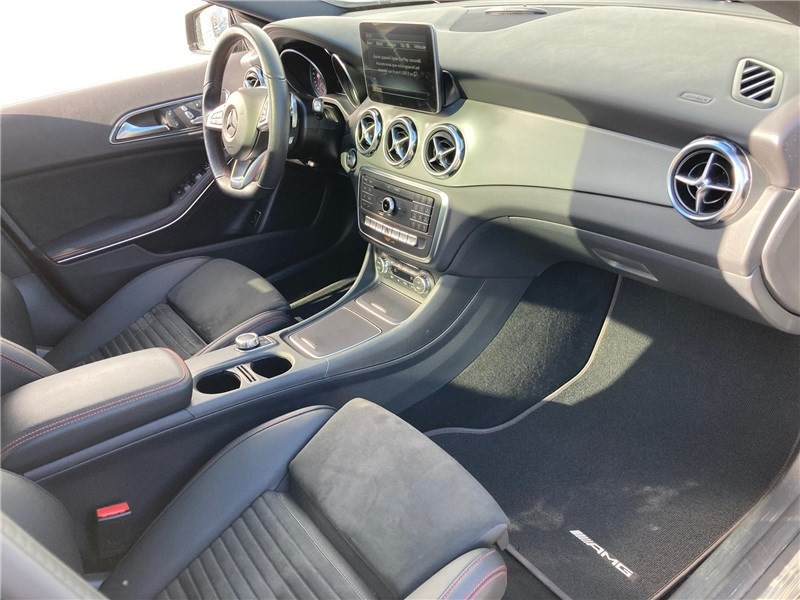 Mercedes GLA 220 D 7-G DCT Fascination Noir occasion à MERIGNAC - photo n°9
