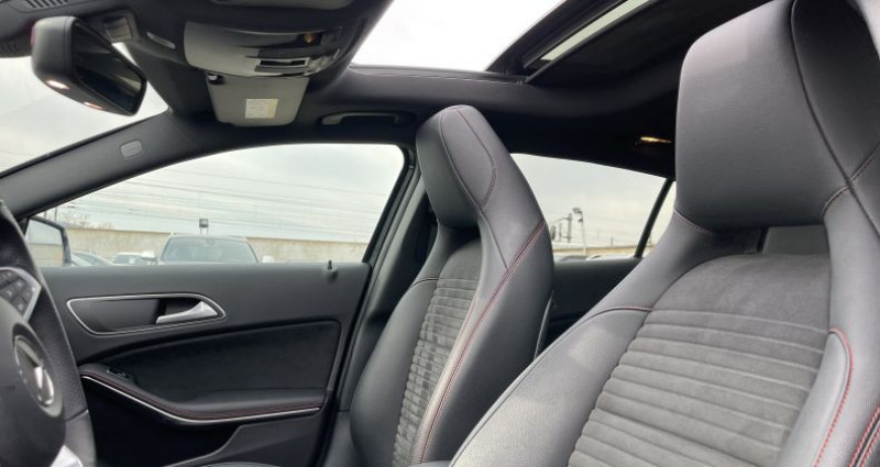 Mercedes GLA 250 AMG Line - 7G-DCT 4MATIC Noir occasion à SELESTAT - photo n°6