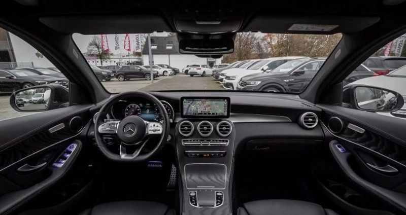 Mercedes GLC 200 4MATIC AMG Noir occasion à Montévrain - photo n°7
