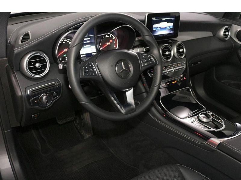 Mercedes GLC 250 4 Matic Gris occasion à Beaupuy - photo n°8