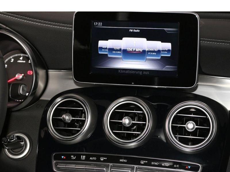 Mercedes GLC 250 4 Matic Gris occasion à Beaupuy - photo n°7