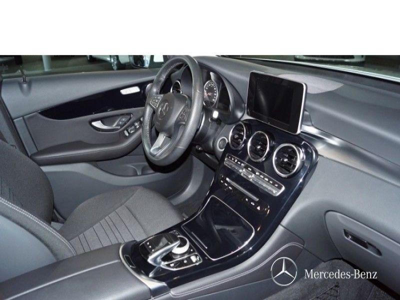 Mercedes GLC 250 4 Matic Blanc occasion à Beaupuy - photo n°7
