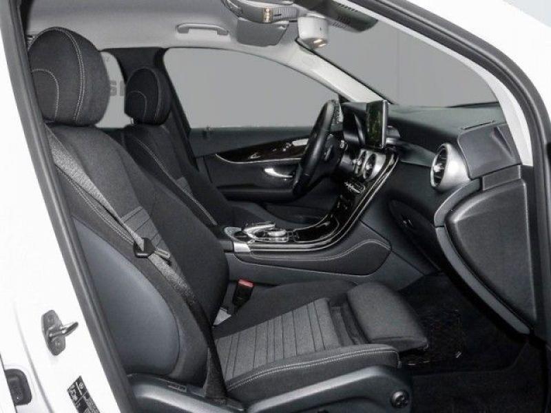 Mercedes GLC 250 d 4 Matic Blanc occasion à Beaupuy - photo n°4