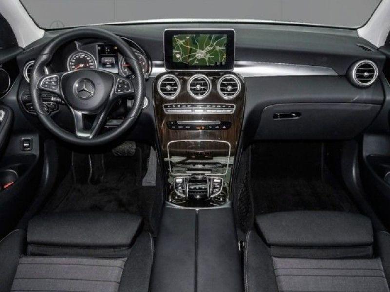 Mercedes GLC 250 d 4 Matic Blanc occasion à Beaupuy - photo n°2