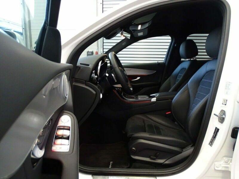 Mercedes GLC 300 D 245CH AMG LINE 4MATIC 9G-TRONIC Blanc occasion à Villenave-d'Ornon - photo n°4