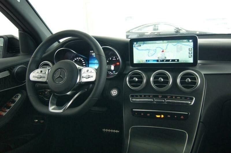 Mercedes GLC 300 E 211+122CH AMG LINE 4MATIC 9G-TRONIC EURO6D-T-EVAP-ISC Noir occasion à Villenave-d'Ornon - photo n°6