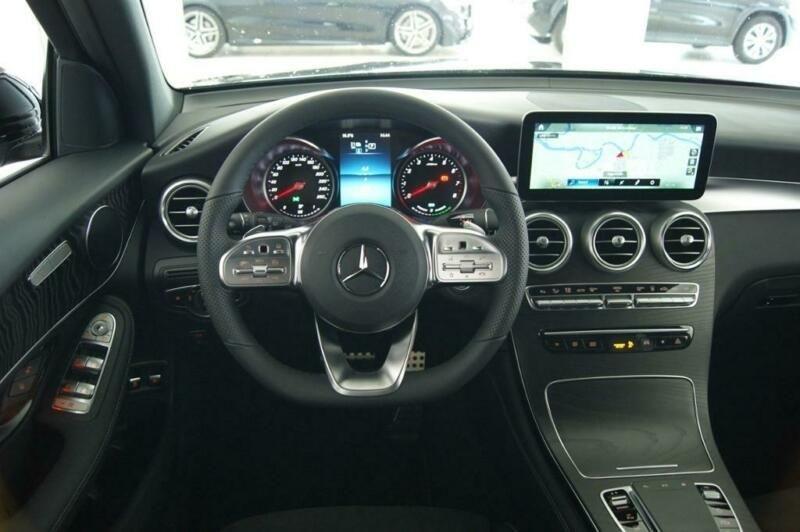 Mercedes GLC 300 E 211+122CH AMG LINE 4MATIC 9G-TRONIC EURO6D-T-EVAP-ISC Noir occasion à Villenave-d'Ornon - photo n°4
