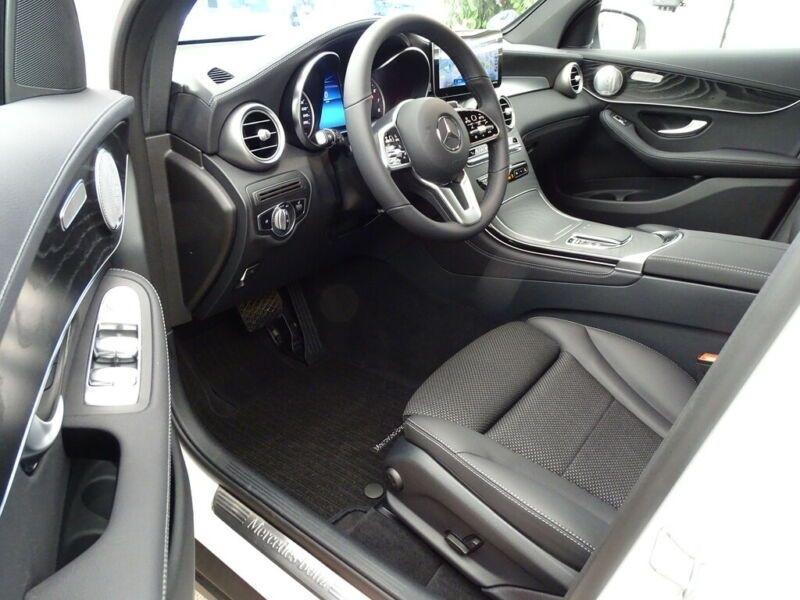 Mercedes GLC 300 E 211+122CH AVANTGARDE LINE 4MATIC 9G-TRONIC EURO6D-T-EV Blanc occasion à Villenave-d'Ornon - photo n°5