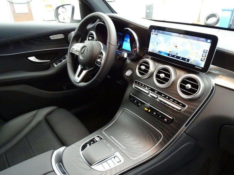 Mercedes GLC 300 E 211+122CH AVANTGARDE LINE 4MATIC 9G-TRONIC EURO6D-T-EV Blanc occasion à Villenave-d'Ornon - photo n°8