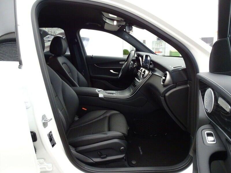Mercedes GLC 300 E 211+122CH AVANTGARDE LINE 4MATIC 9G-TRONIC EURO6D-T-EV Blanc occasion à Villenave-d'Ornon - photo n°6