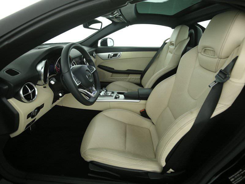Mercedes SLC 200 Noir occasion à Beaupuy - photo n°4