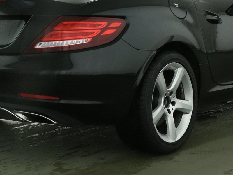 Mercedes SLC 200 Noir occasion à Beaupuy - photo n°7