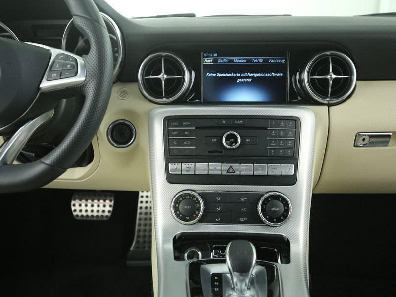 Mercedes SLC 200 Noir occasion à Beaupuy - photo n°5