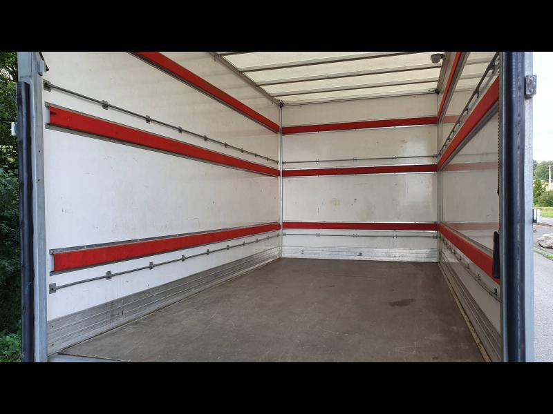 Mercedes Sprinter 513 CDI 43 3T5 Caisse 20m3 + hayon Blanc occasion à Gières - photo n°6