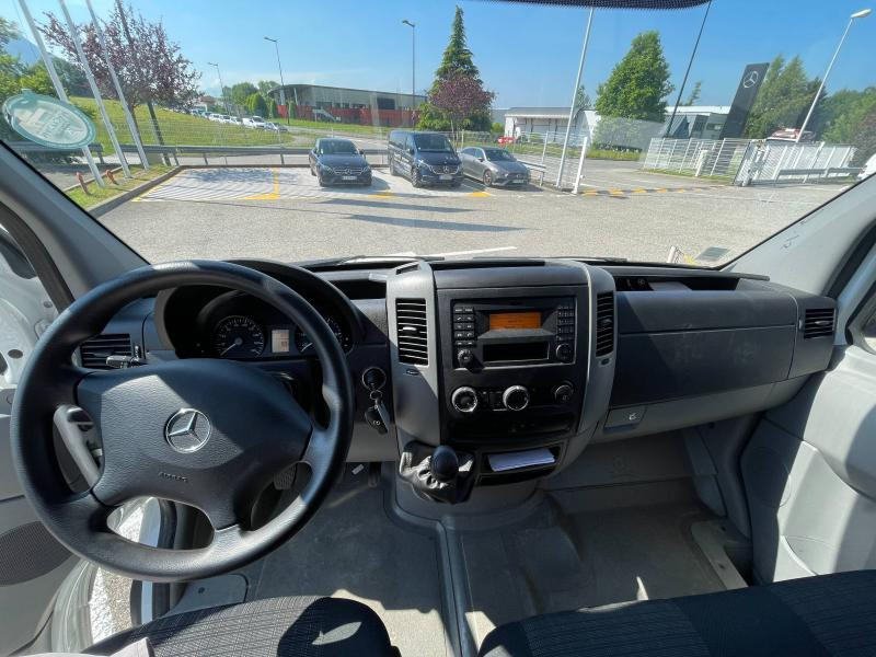Mercedes Sprinter 514 CDI 43 3T5 Caisse + Hayon Blanc occasion à Gières - photo n°9