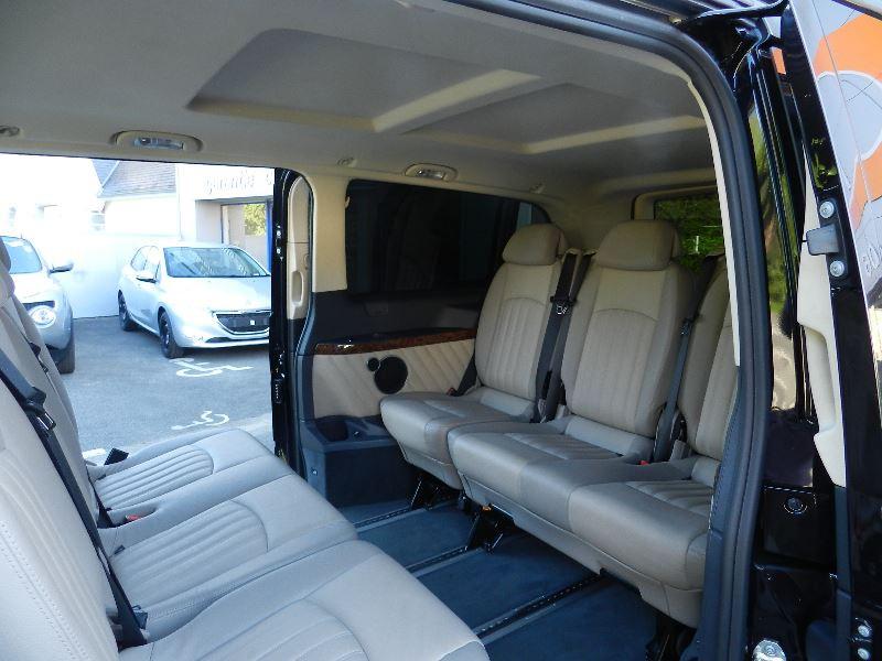 Mercedes Viano 3.0 CDI BE AMBIENTE EXTRA-LONG BA Noir occasion à Quimper - photo n°3