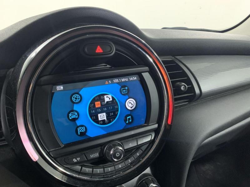 Mini Mini 1.5I 136 BVA 5P COOPER BUSINESS GPS Blanc occasion à Verfeil - photo n°8