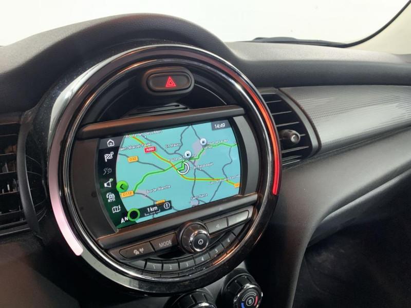 Mini Mini 1.5I 136 BVA 5P COOPER BUSINESS GPS Blanc occasion à Verfeil - photo n°4