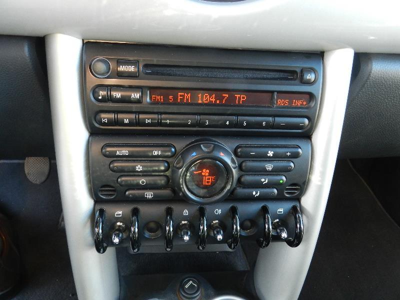 Mini Mini 1.6 115CH COOPER 3P Gris occasion à Quimper - photo n°7