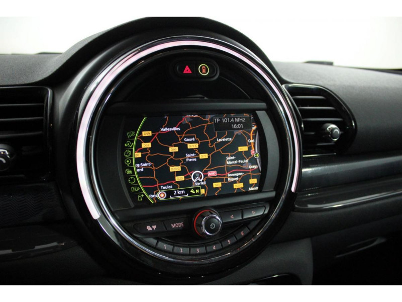 Mini Mini CLUBMAN 150  COOPER D BUSINESS GPS GAR 1 AN Rouge occasion à Verfeil - photo n°4