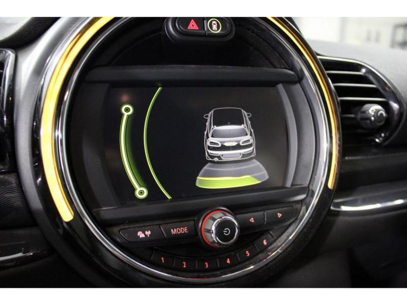 Mini Mini CLUBMAN 150  COOPER D BUSINESS GPS GAR 1 AN Rouge occasion à Verfeil - photo n°8