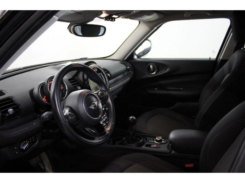 Mini Mini CLUBMAN 150  COOPER D BUSINESS GPS GAR 1 AN Rouge occasion à Verfeil - photo n°2