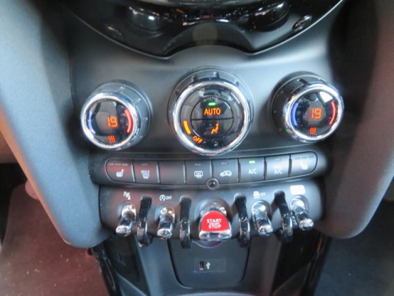 Mini Mini COOPER 136CH EXQUISITE BVA7 EURO6D-T  occasion à Lormont - photo n°8