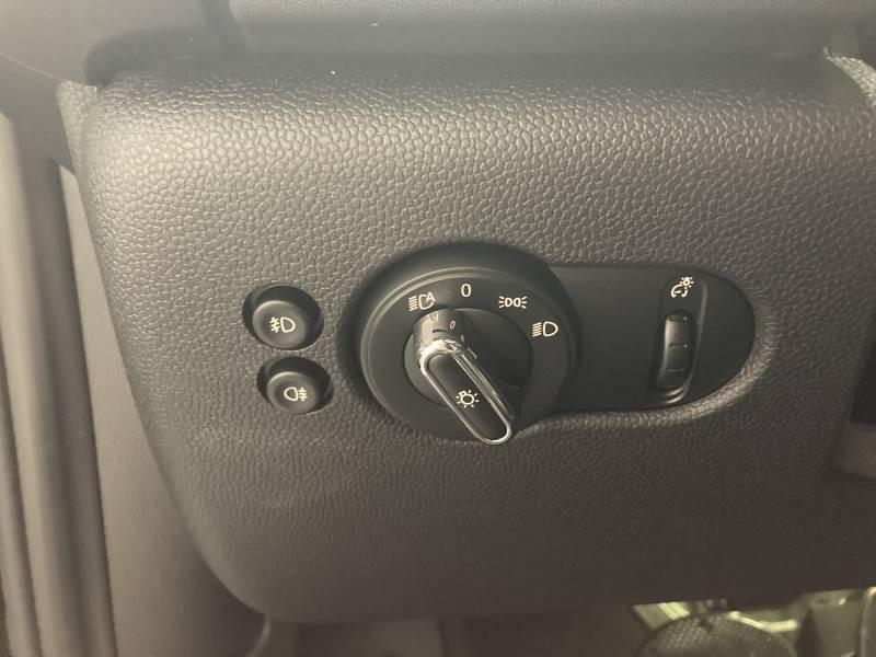 Mini Mini ELECTRIC F56 BEV Cooper SE 184 ch Finition Yours Noir occasion à Lormont - photo n°20