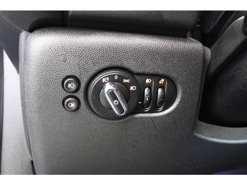 Mini Mini F55 LCI Cooper 136 ch Finition Chili Bleu occasion à Lescar - photo n°17