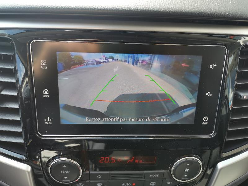 Mitsubishi L200 2.2 DI-D 150ch Club Cab Intense Blanc occasion à Barberey-Saint-Sulpice - photo n°12