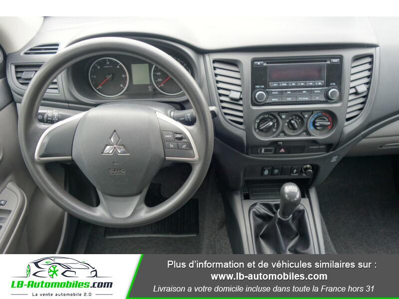 Mitsubishi L200 2.2 DI-D 154 ch Blanc occasion à Beaupuy - photo n°2
