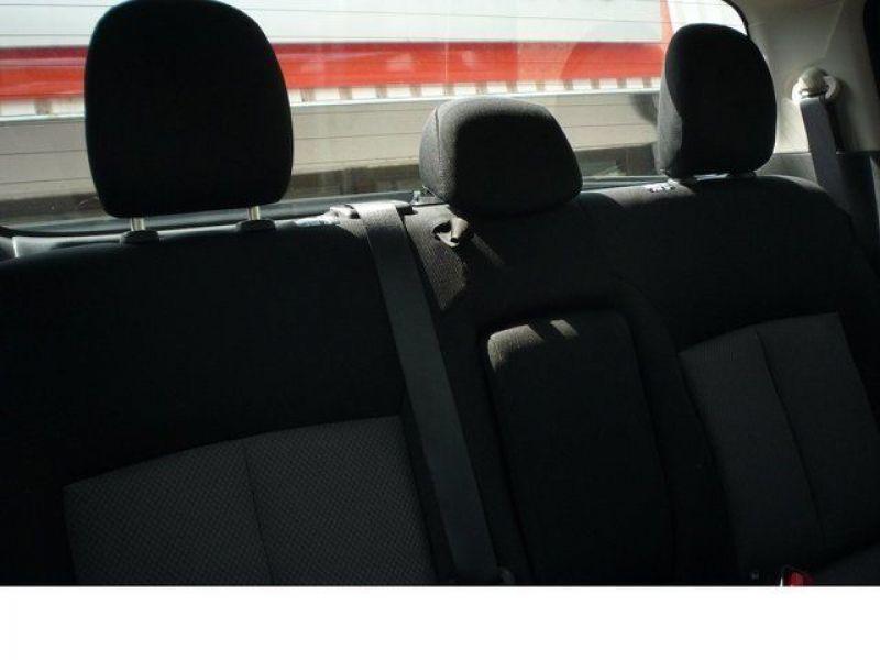 Mitsubishi L200 2.4 DI-D 154 Noir occasion à Beaupuy - photo n°4