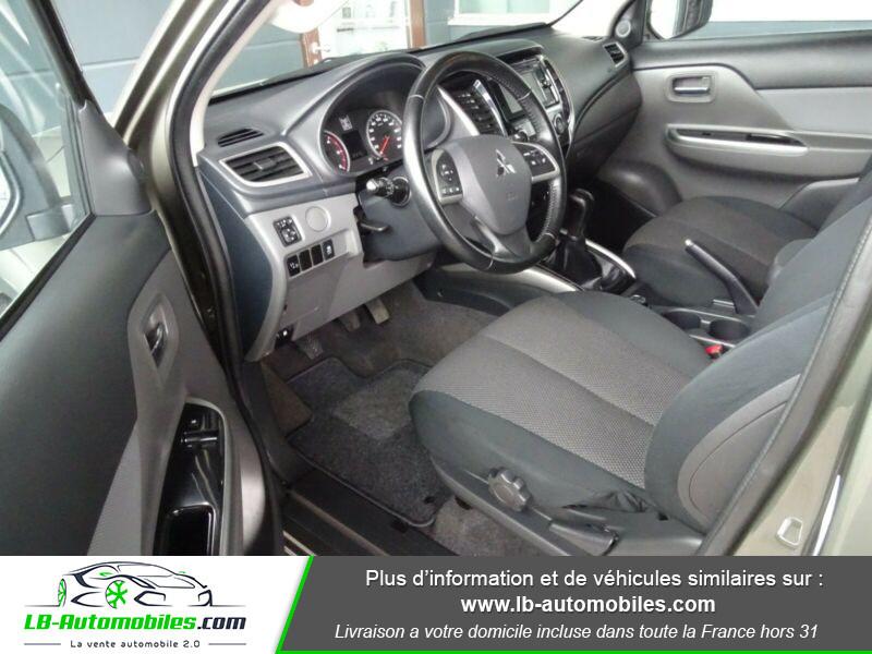 Mitsubishi L200 2.4 DI-D 181ch Vert occasion à Beaupuy - photo n°4