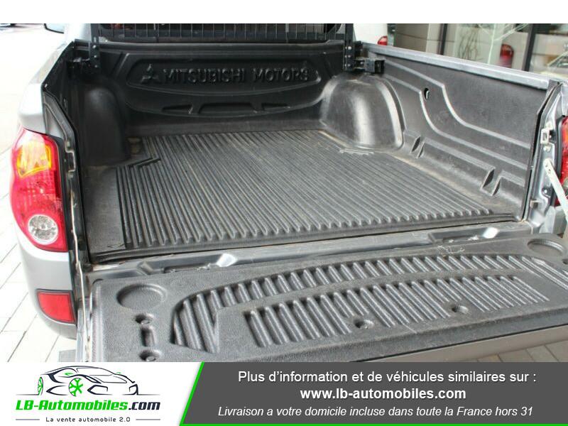 Mitsubishi L200 2.5 TD 178 DBLE CAB Gris occasion à Beaupuy - photo n°8