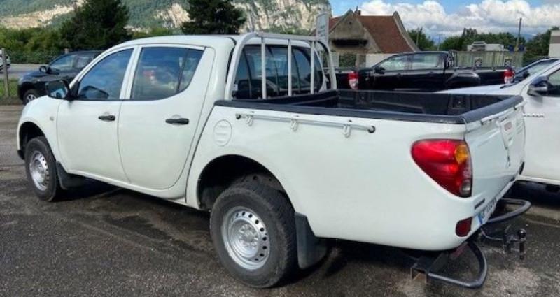 Mitsubishi L200 2.5l did double cabine Blanc occasion à Voreppe - photo n°3
