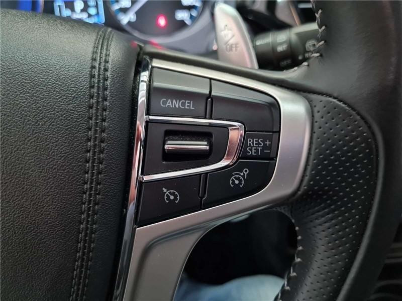 Mitsubishi Outlander 2.4L PHEV TWIN MOTOR 4WD Business Blanc occasion à Muret - photo n°19