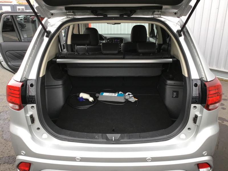 Mitsubishi Outlander 2.4L PHEV TWIN MOTOR 4WD INTENSE 2.4l phev twin motor 4wd in  occasion à Ganges - photo n°9