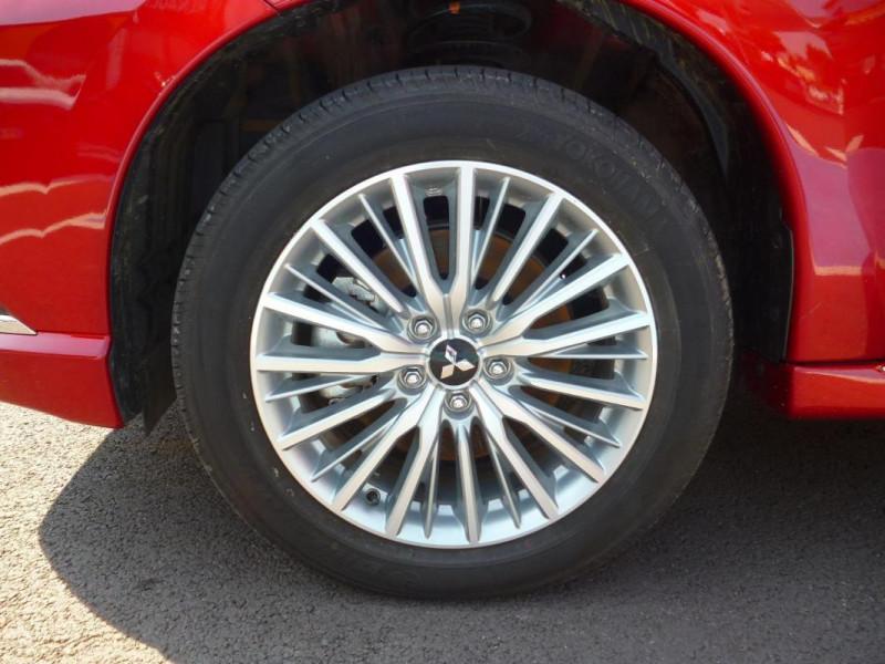 Mitsubishi Outlander 2.4l Twin Motor 4WD Rouge occasion à BAYEUX - photo n°8