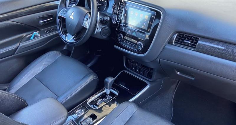 Mitsubishi Outlander DI-D 150 Black Collection 4WD BVA 7 pl Gris occasion à EPAGNY - photo n°2