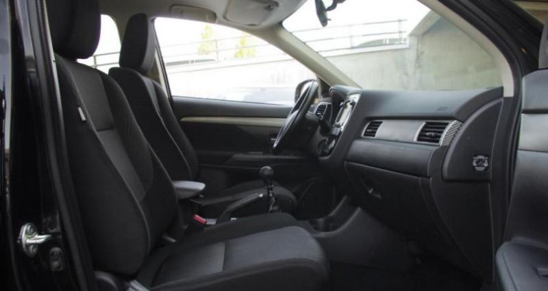 Mitsubishi Outlander III 2.2 DI-D 150 INVITE 4WD Noir occasion à Chambourcy - photo n°3