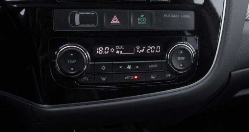Mitsubishi Outlander III 2.2 DI-D 150 INVITE 4WD Noir occasion à Chambourcy - photo n°7