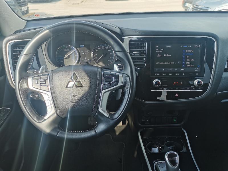 Mitsubishi Outlander PHEV Twin Motor Business 4WD Euro6d-T EVAP 5cv Gris occasion à Barberey-Saint-Sulpice - photo n°2