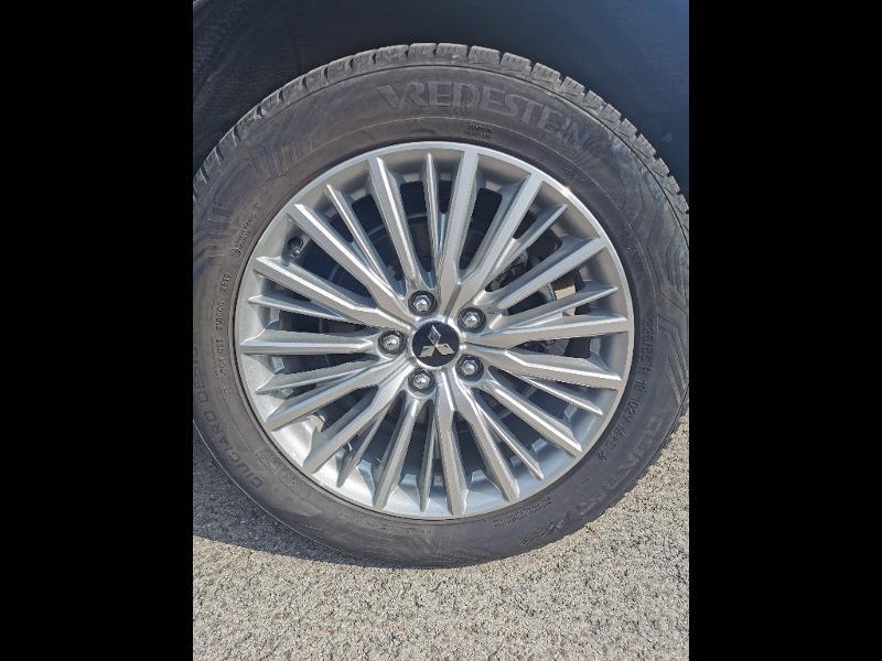 Mitsubishi Outlander PHEV Twin Motor Business 4WD Euro6d-T EVAP 5cv Gris occasion à Barberey-Saint-Sulpice - photo n°14