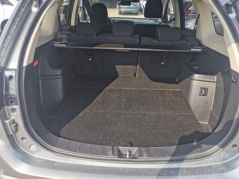 Mitsubishi Outlander PHEV Twin Motor Business 4WD Euro6d-T EVAP 5cv Gris occasion à Barberey-Saint-Sulpice - photo n°13