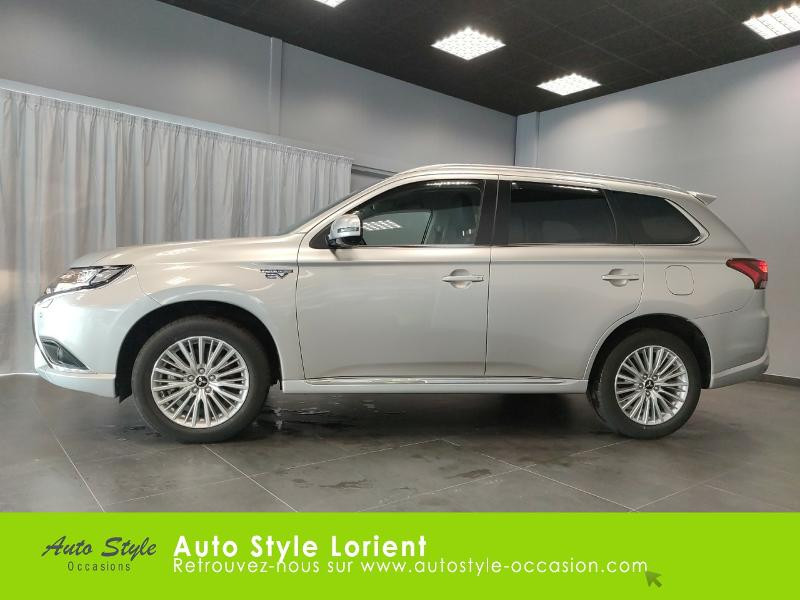 Mitsubishi Outlander PHEV Twin Motor Business 4WD Gris occasion à LANESTER - photo n°2