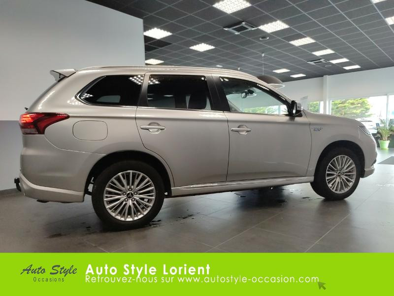 Mitsubishi Outlander PHEV Twin Motor Business 4WD Gris occasion à LANESTER - photo n°4
