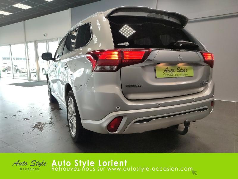 Mitsubishi Outlander PHEV Twin Motor Business 4WD Gris occasion à LANESTER - photo n°3