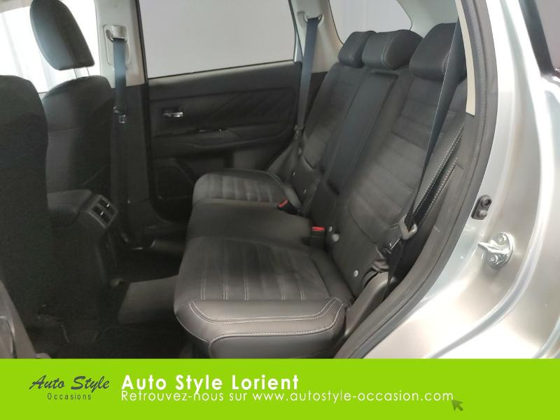 Mitsubishi Outlander PHEV Twin Motor Business 4WD Gris occasion à LANESTER - photo n°12