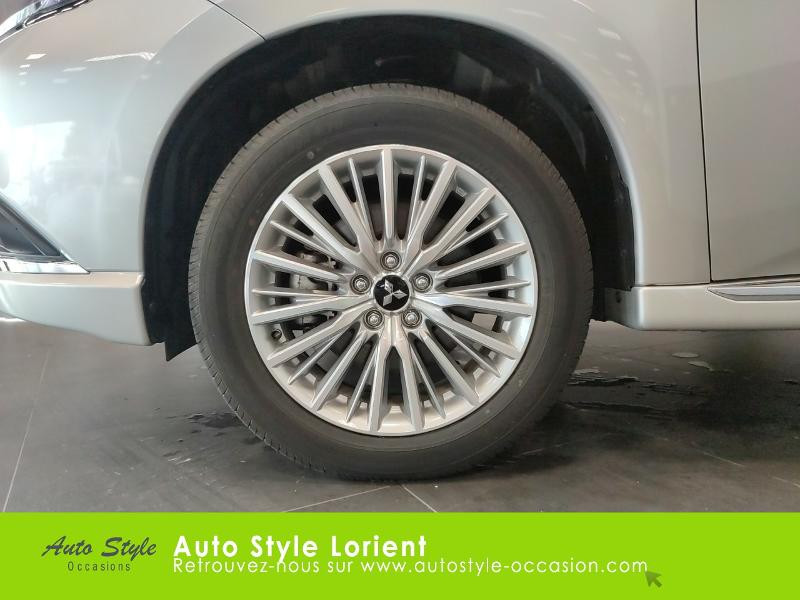 Mitsubishi Outlander PHEV Twin Motor Business 4WD Gris occasion à LANESTER - photo n°14